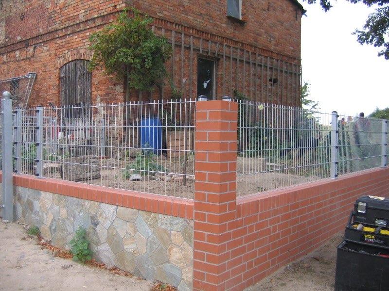 Montaż paneli ogrodowych